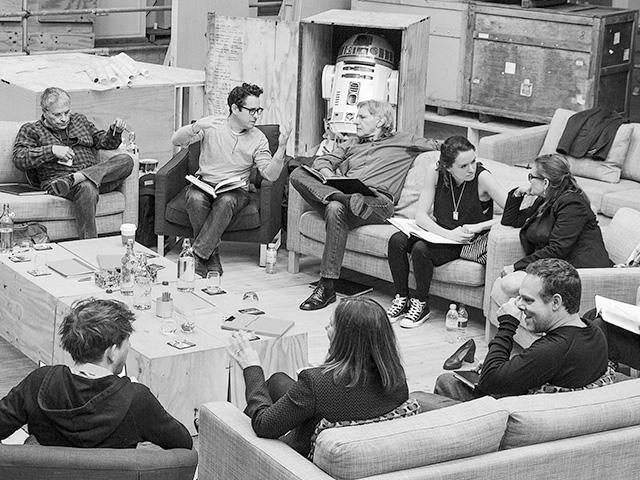 Star Wars: Episode VII stellt sein Ensemble vor
